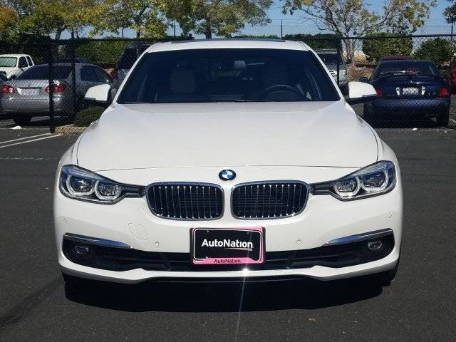 2017 BMW 3 Series WBA8E1C34HA156772