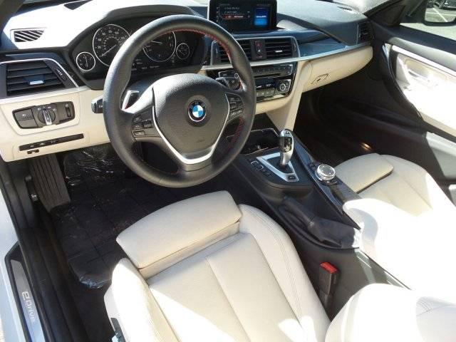 2017 BMW 3 Series WBA8E1C55HK895273