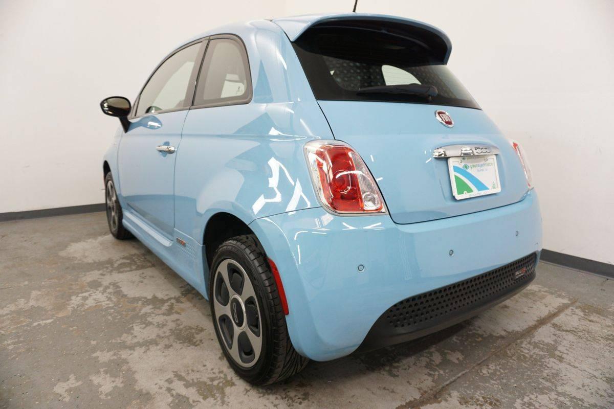 2016 Fiat 500e 3C3CFFGE8GT214235