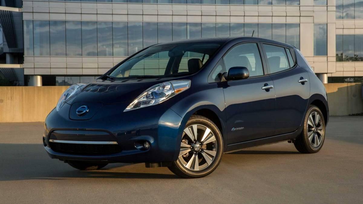 3. 2014-2016 Nissan Leaf