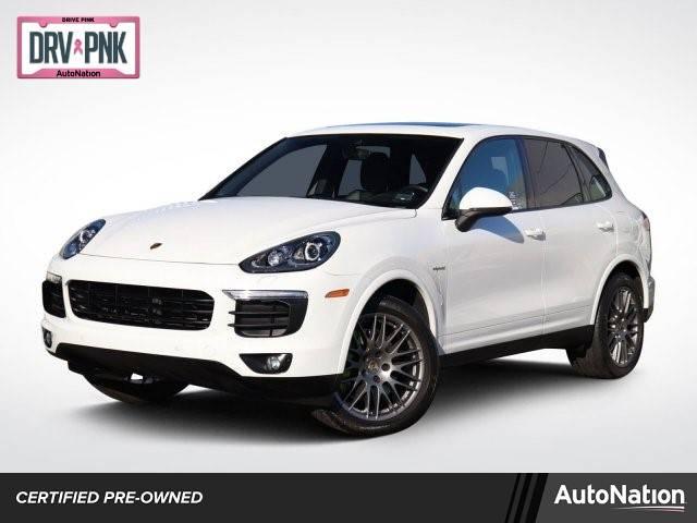 2017 Porsche Cayenne WP1AE2A22HLA72327