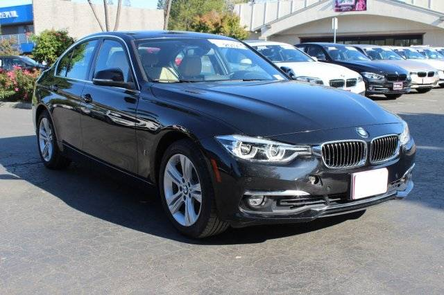 2017 BMW 3 Series WBA8E1C30HA158664