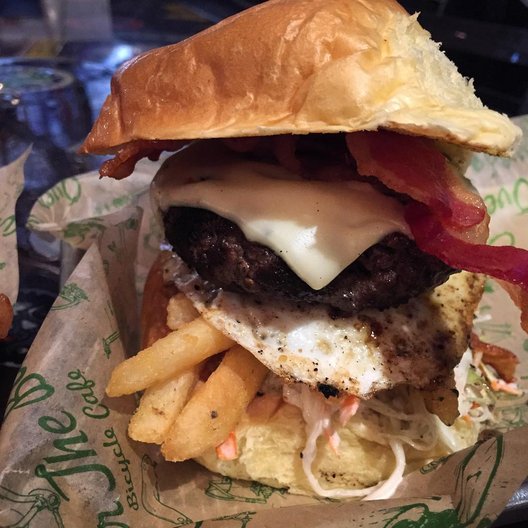 20 Places For Your Pittsburgh Burger Bucket List