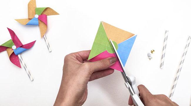 Mini Paper Pinwheels