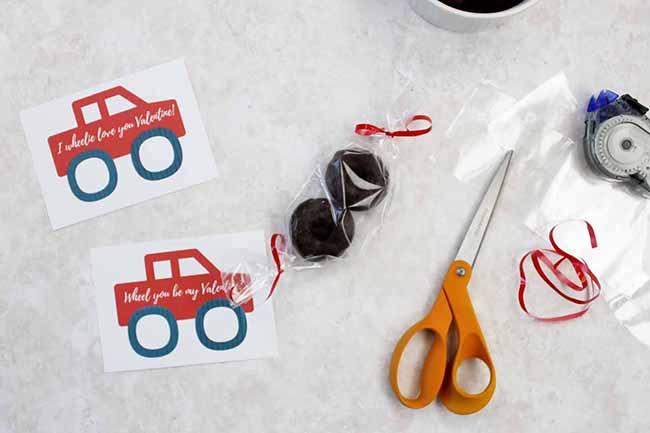 DIY Birthday Gift Card Holder
