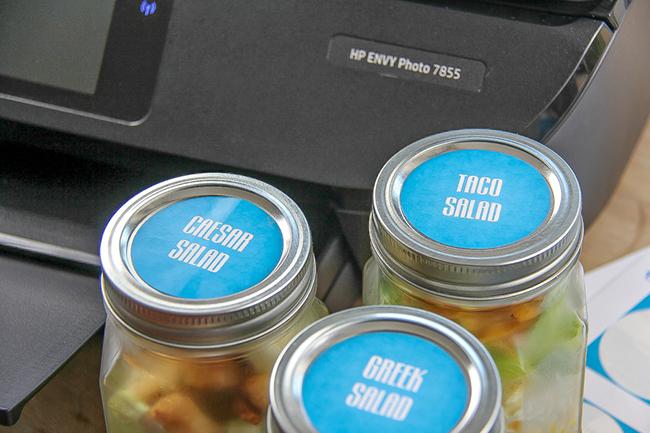 DIY Salad Jars