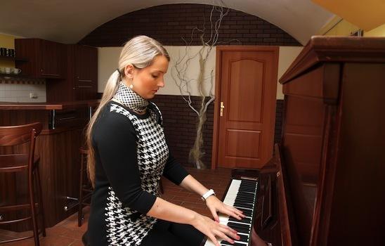 Piano_lesson_5