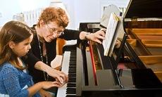 Piano lesson 17