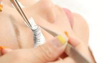 Mink Lash Bar: Eyelash Extensions