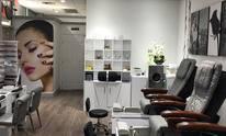 Regal Nails Salon & Spa: Manicure
