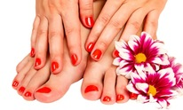 Lifestyle's Grand Salon & Day Spa: Mani Pedi