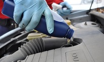 Ray Livingston Auto Repair, LLC: Oil Change