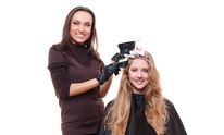 Salon Lisa Brown: Hair Coloring