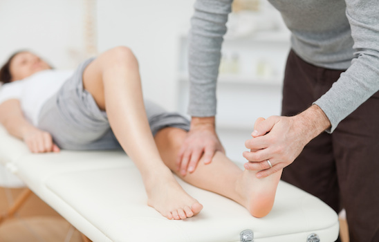 Chiropractic_treatment_d