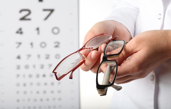 Eye_exam_i