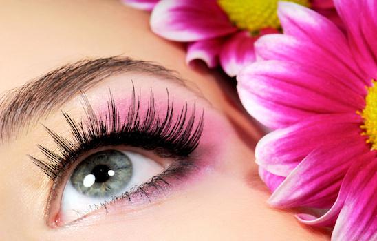 Eyelash_extensions_a