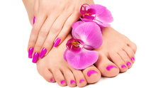 Split Ends Hair & Nail Salon: Mani Pedi