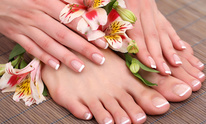 French Tip Nail Spa: Mani Pedi