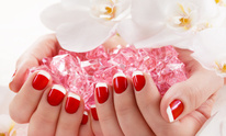 Serenity Spa & Gifts Salon: Manicure
