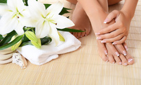 French Tip Nail Spa: Pedicure