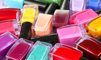 Color My Nails: Pedicure