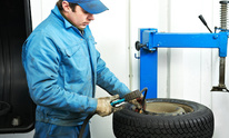Jones Firestone Dealer Store: Tire Mounting