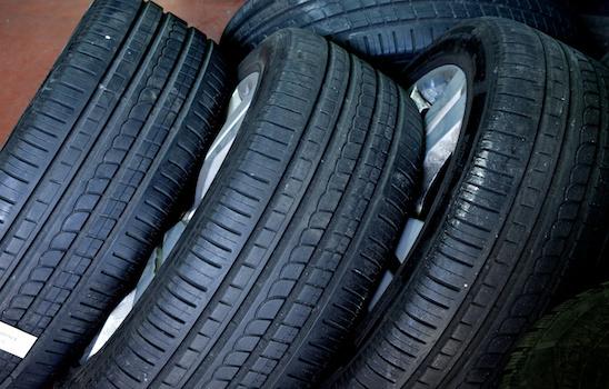 Tire_wheel_r