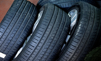 Sledge's Auto Sales: Tire Mounting