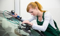 A Advanced Auto Glass: Windshield Repair