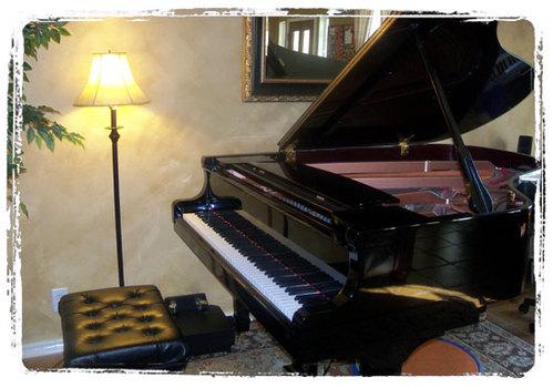 Studio_grand_piano01
