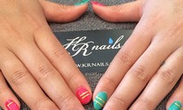 KR Nails: Manicure