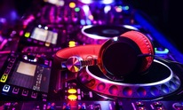 De Bois Entertainment: DJ Rental