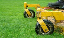 Agee Equipment Co: Lawn Mowing