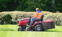 Bigger Things Lawn Care & Maintenance: Lawn Mowing