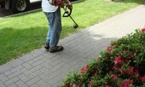 Accent Landscaping: Lawn Mowing