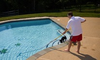 Blue Water Paradise Fiberglass: Pool Cleaning