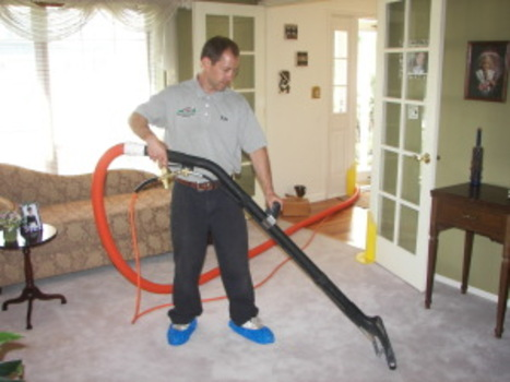 Kyle-cleaning-carpet-005-300x225_1_