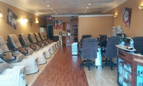 Red Apple Nail Salon: Manicure