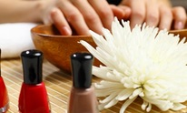 A Gentle Touch Salon and Spa: Manicure