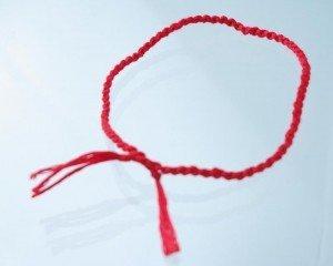 red-string-300x240