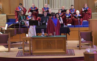 Tori Manning, Dr. Lisa Thomas, John McGinn and Choir