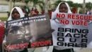 US 'outrage' as calls grow to help rescue Nigeria schoolgirls