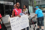 PHOTONEWS: #BringBackOurGirls Protesters Return To The Nigerian Consulate In New York