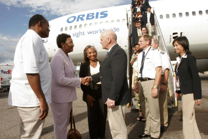 Orbis meeting the Ministry of Health in Jamaica 2006