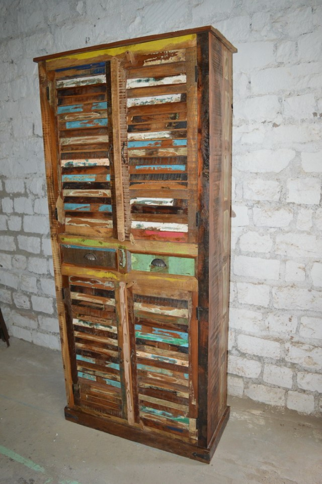 Exceptionnel Reclaimed Wood Cabinet