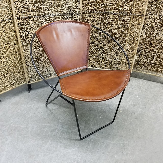 Round Back Chair Nadeau Charlotte