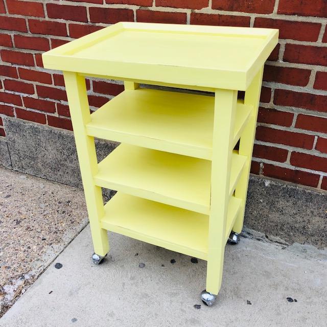Admirable Kitchen Table On Wheels Interior Design Ideas Tzicisoteloinfo