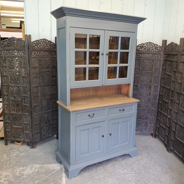 Kitchen Cabinet - Nadeau Birmingham
