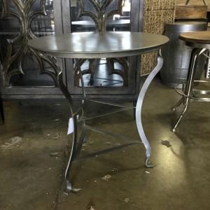 Incroyable Iron Side Table