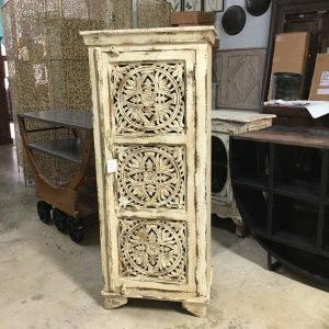Superbe Cabinet With Single Door